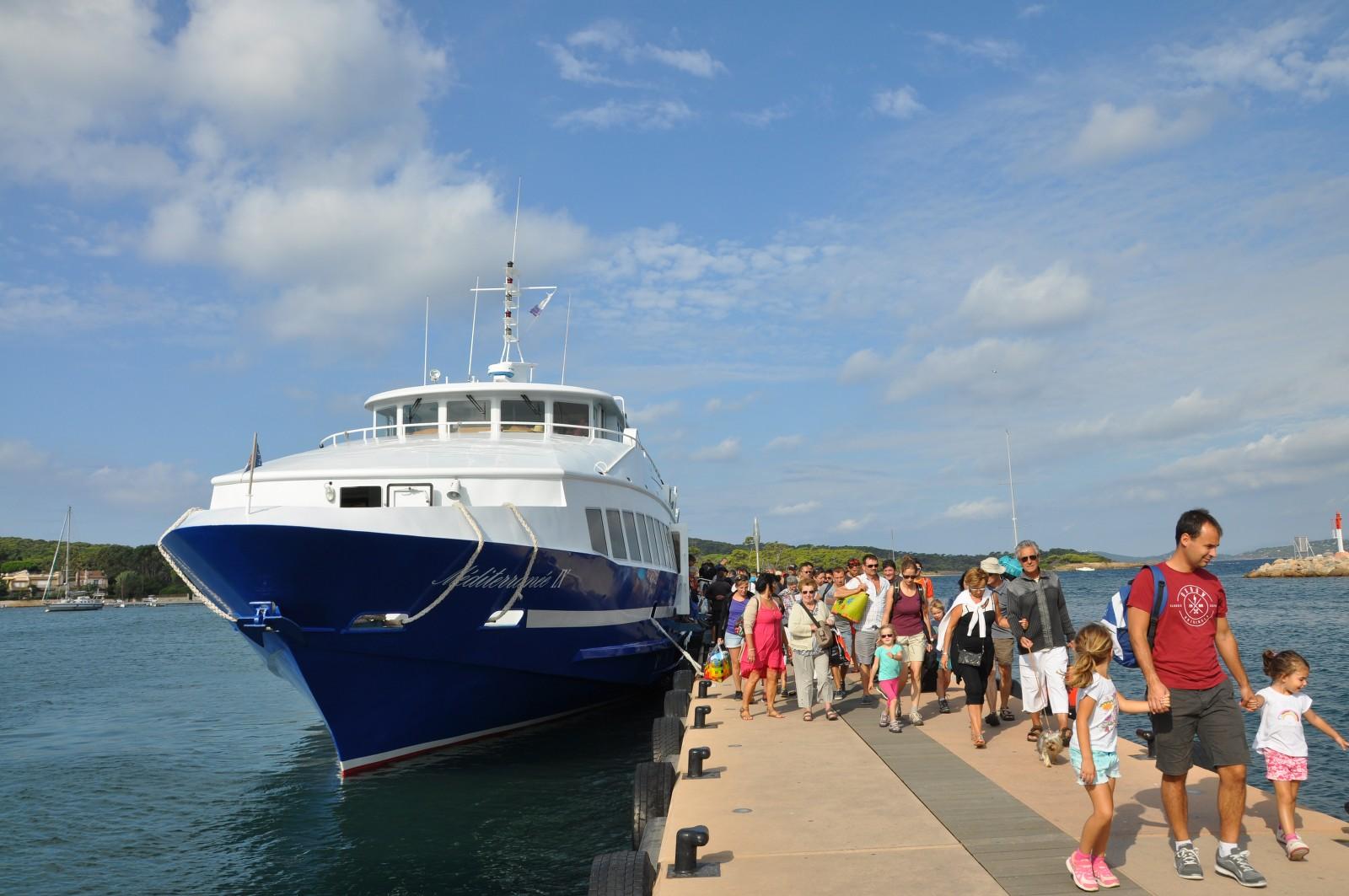 Navettes bateau office de tourisme d 39 hy res porquerolles port cros le levant - Office du tourisme hyeres ...