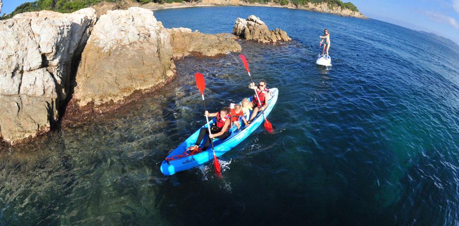 sortie kayak canoe pour les groupe a Giens la tour fondue