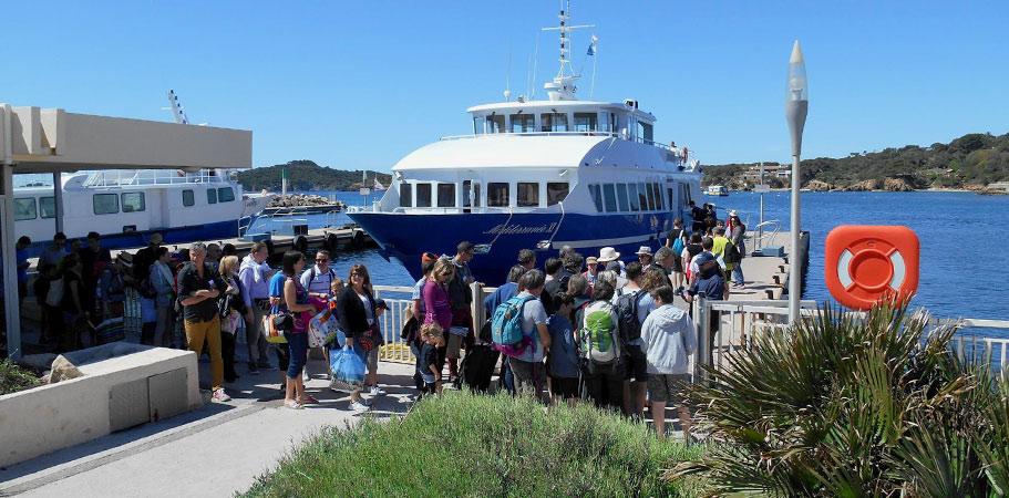 Tarifs et reductions pour les groupes pour le bateau vers l ile de porquerolles