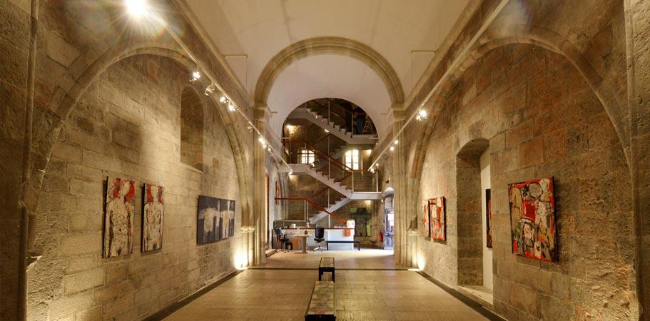 La tour des Templiers, au cœur de la cité médiévale de Hyères