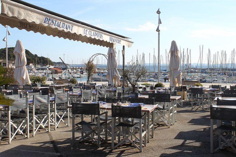 Le clapotis carqueiranne restaurant office de tourisme d 39 hy res porquerolles port cros - Restaurant carqueiranne port ...