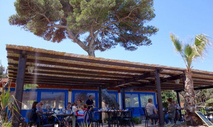 Restaurant de plage le carbet presqu'île de Giens