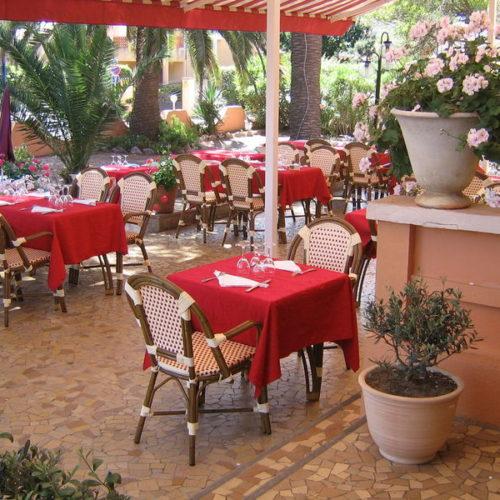 restaurant hyeres ayguade provençal plage mer