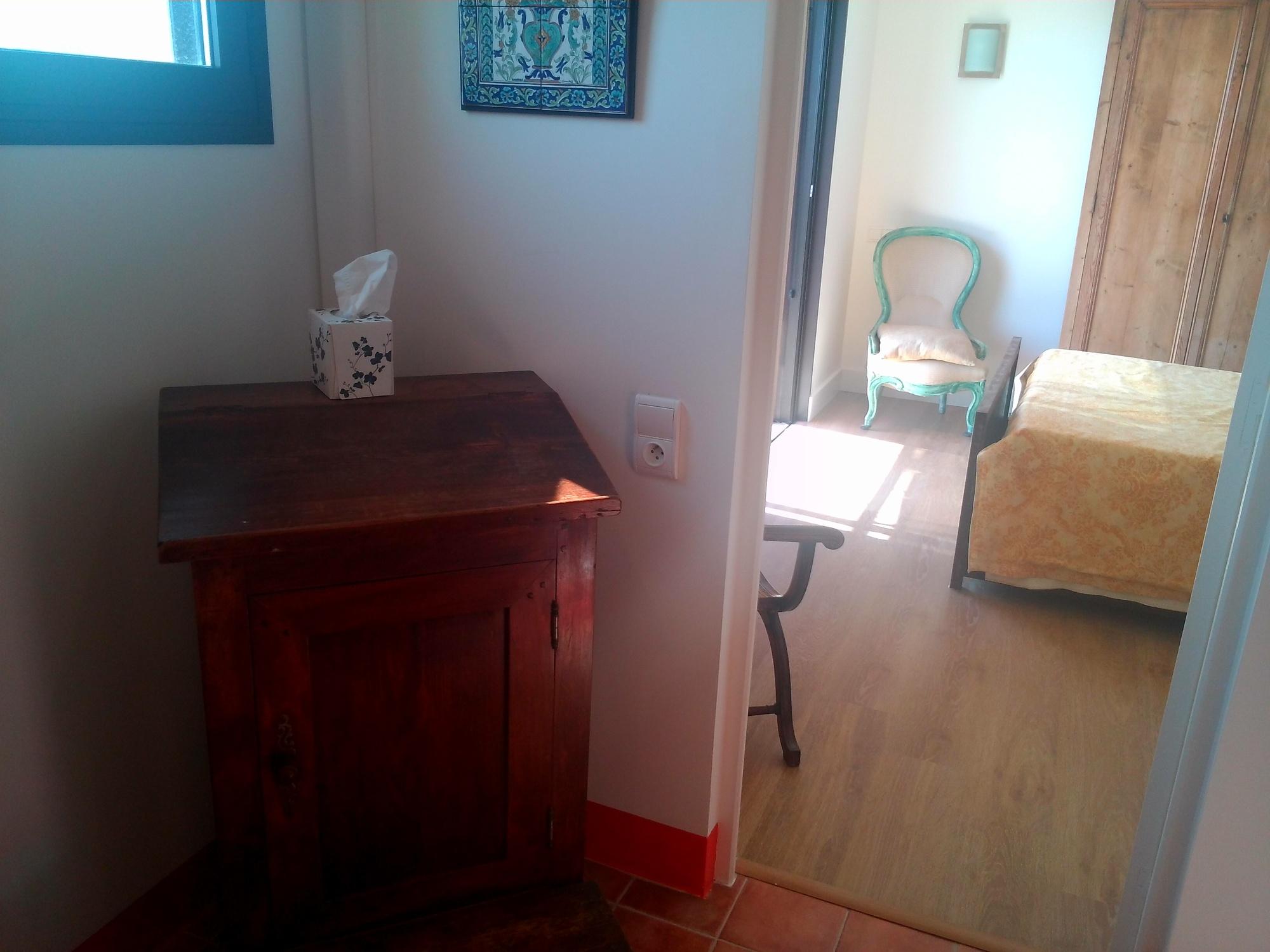 villa mirabel hy res chambre d 39 h tes office de tourisme d 39 hy res porquerolles port cros. Black Bedroom Furniture Sets. Home Design Ideas