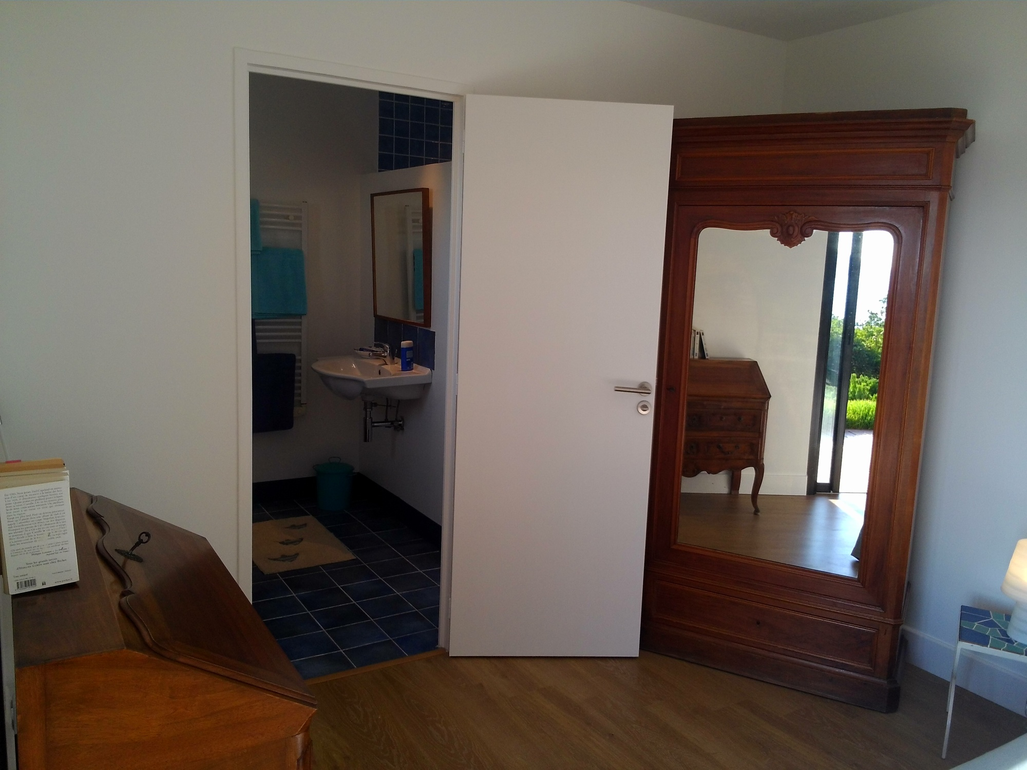 villa mirabel hy res chambre d 39 h tes hy res tourisme. Black Bedroom Furniture Sets. Home Design Ideas