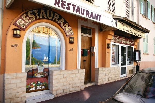 restaurant hyeres giens vue panoramique tire bouchon