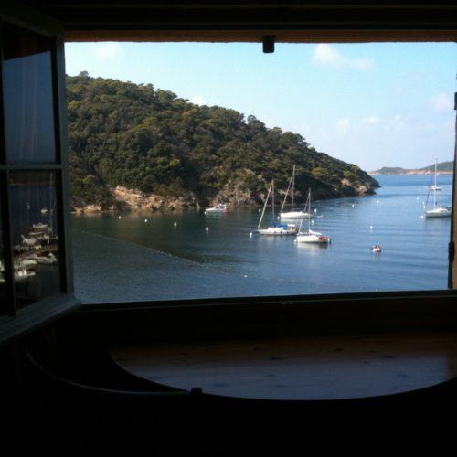 Hébergements à PortCros Office De Tourisme DHyères Porquerolles - Location port cros