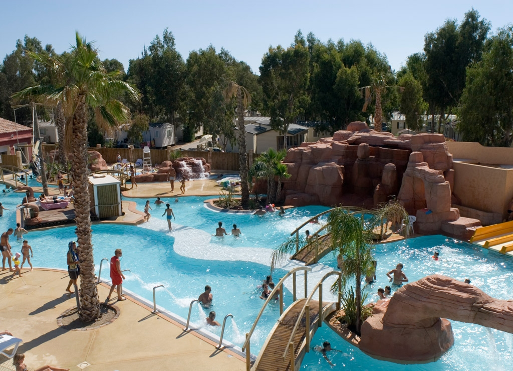 Camping les palmiers hy res camping 4 toiles office - Piscine hyeres les palmiers ...