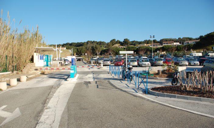 Parking stationnement Tour Fondue Presqu'île Voiture uniquement
