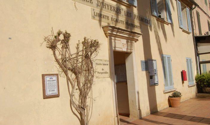 Mairie Annexe Ile de Porquerolles Village Parc National
