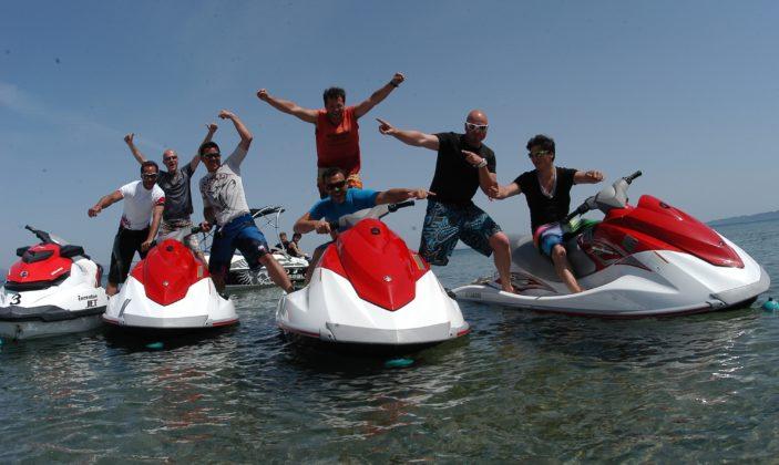 L'iceberg jet – location jet ski bateaux a la madrague giens hyeres