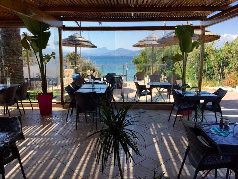 Le solarium hy res restaurant office de tourisme d - Office du tourisme presqu ile de giens ...