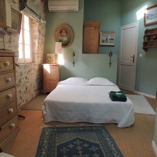 chambres d 39 h tes office de tourisme d 39 hy res porquerolles port cros le levant. Black Bedroom Furniture Sets. Home Design Ideas