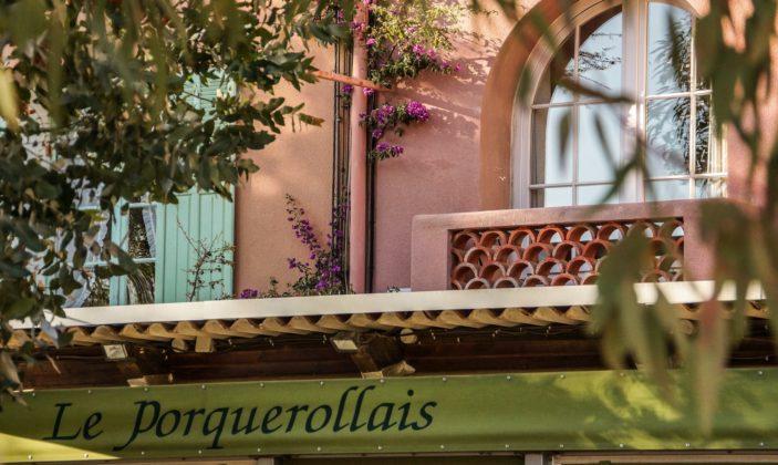 Restaurant Le Porquerollais Spécialités poissons Place du village Ile de Porquerolles Parc National