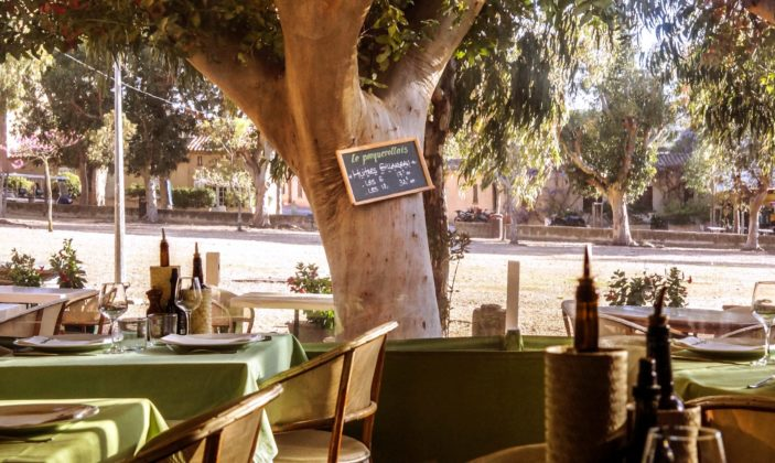 Hôtel Place du village Ile de Porquerolles Parc National