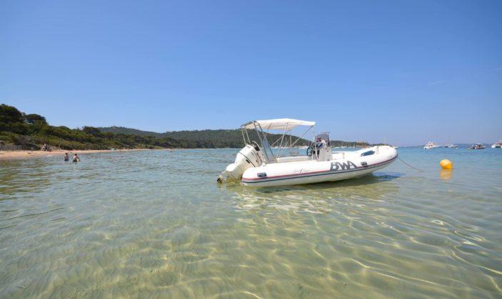Location  de bateau à Giens (port du Niel) avec XL Yachting
