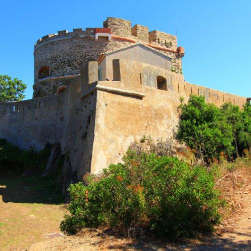 fort de l'Estissac
