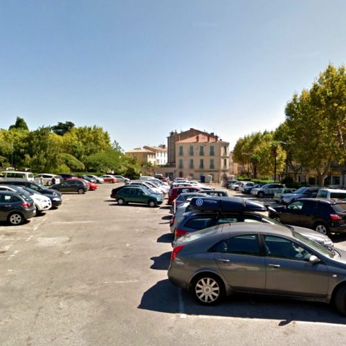 parking denis hyeres centre