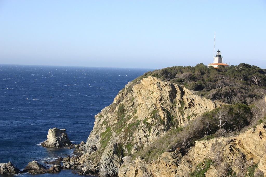 Le phare de porquerolles hy res patrimoine culturel - Office du tourisme ile de porquerolles ...