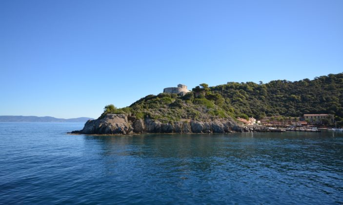 fort du moulin port cros