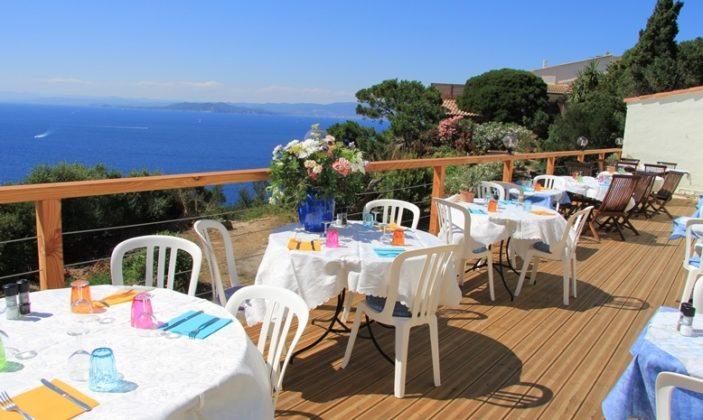 Restaurant Le Levant Héliotel Naturisme Vue mer