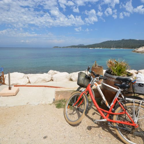Destination Porquerolles Package bateau vélo resto