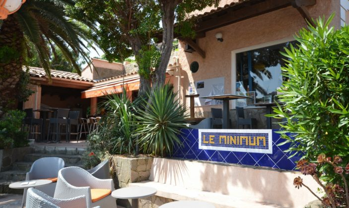 Restaurant Le Minimum ile du Levant