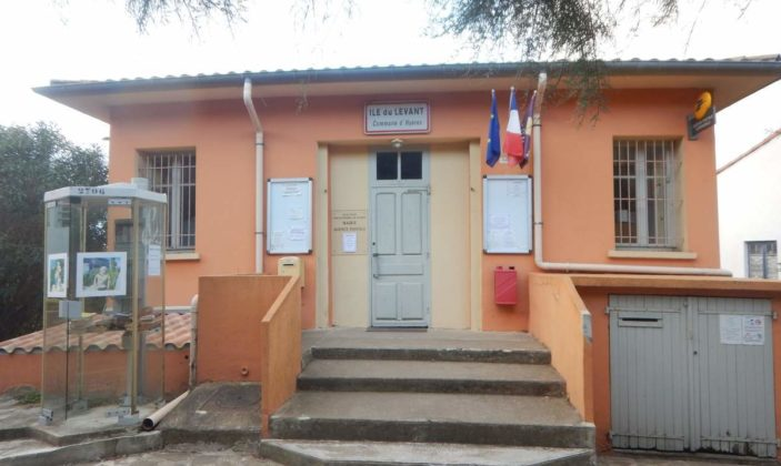 Mairie Annexe, île du levant, domaine naturiste
