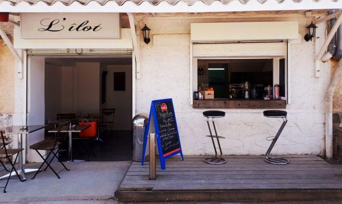 Restaurant l'îlot presqu'île de Giens port de la Madrague