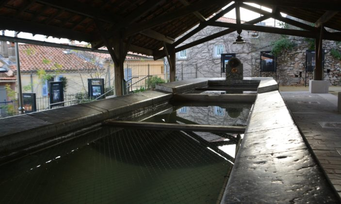 Ancien lavoir de Hyeres