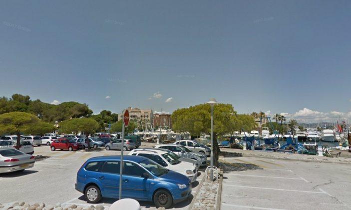 Parking des pécheurs / Le port d'Hyères – La Gavine