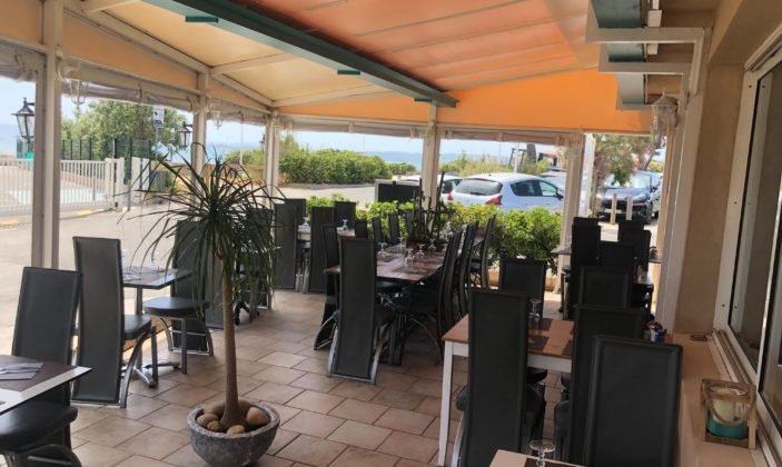 Restaurant la Pergola Hyères la Capte bord de mer