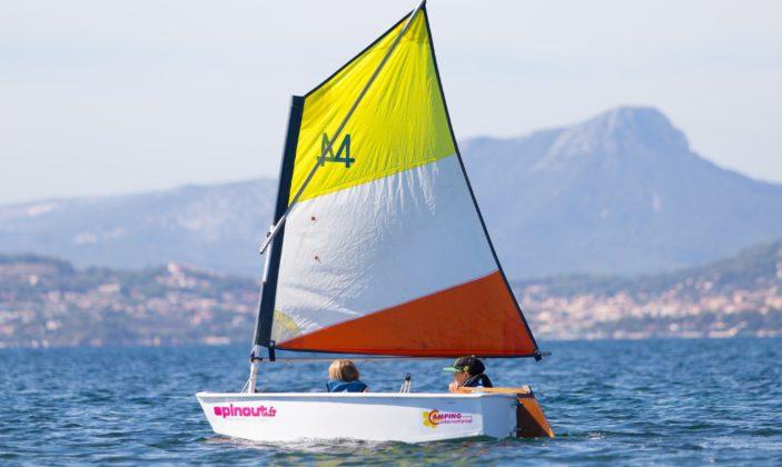 Spin out kayak planche à voile catamaran vtt presqu'île de Giens