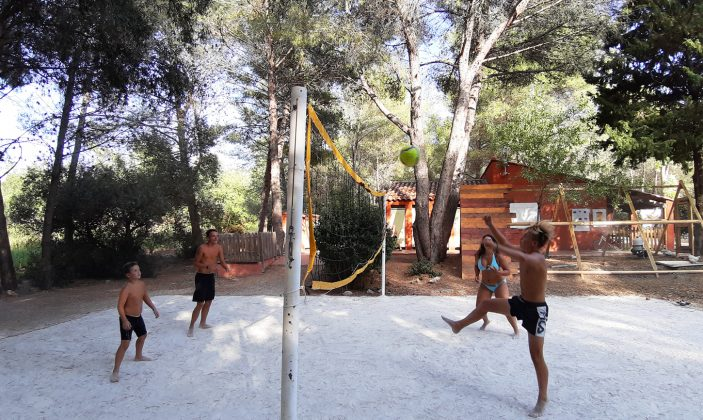 Terrain de volley ball