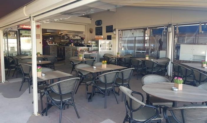 Restaurant La Fringale sur le port de Porquerolles