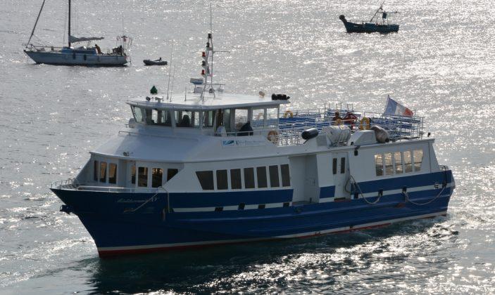 Navette TLV TVM au départ du Port d'Hyères pour Le Levant