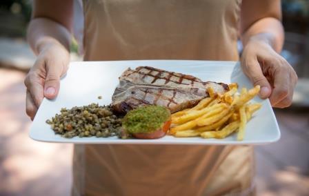 restaurant le Barbecue Hôtel restaurant Le Provençal giens