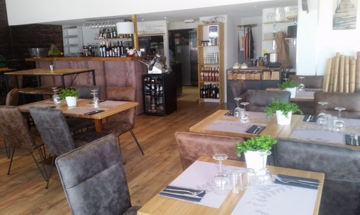 restaurant l'Ultimo port La Gavine Hyères