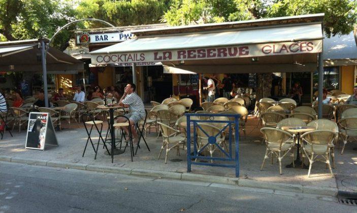 Bar La réserve place de l'Ayguade Hyères