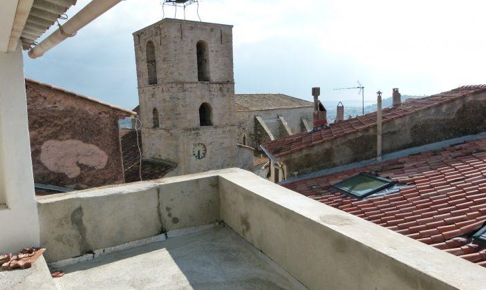 Appartement T2 1er étage – M Ghelardi