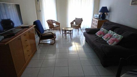 Villa Mansard – M Genot
