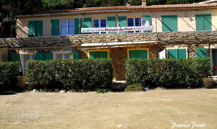 Maison du port Parc National Ile Port-Cros