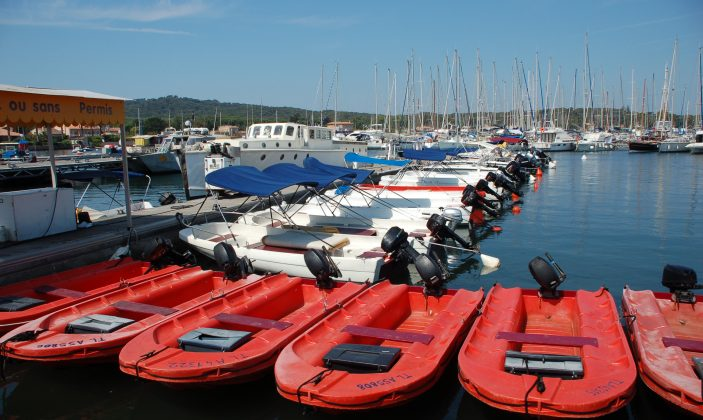 Location de bateaux avec ou sans permis kayaks de mer île Porquerolles Parc national